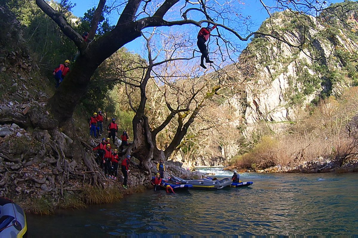 flabouri-events-2014_12_13_rafting_evinos-011
